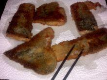 Tradycyjnie przyrządzony filet z karpia