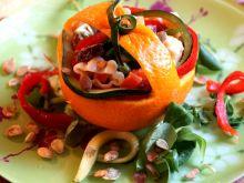 Trójkolorowy makaron z warzywami i chorizo