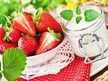Ile kalorii mają truskawki?