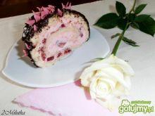 Truskawkowa rolada z czekoladą