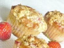 Truskawkowe muffinki z kruszonką