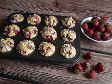 Truskawkowe muffiny na maślance