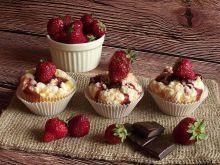 Truskawkowe muffiny z czekoladą