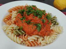 Tuńczyk chilli w sosie pomidorowym
