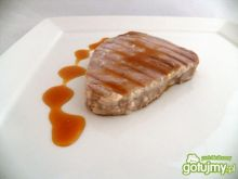 Tuńczyk z sosem pomarańczowym