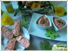 Twarogowo-paprykowa pasta z bobem