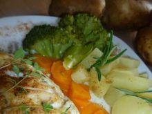 Tymiankowy dorsz i rozmarynowe warzywa