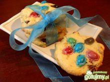 Ucierane ciasteczka z orzechami