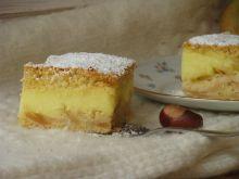 Ucierane ciasto budyniowo-jabłkowe