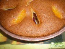 Ucierane ciasto ze śliwkami