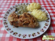 Udka z kurczaka w orzechowej panierce