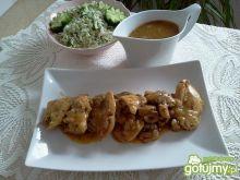 Udziec kurczaka w sosie z lubczykiem
