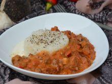 Udziec z indyka w pomidorowym curry