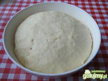 Uniwersalny przepis na ciasto drożdżowe