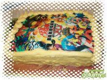 Urodzinowy tort krówkowy