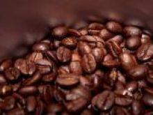 Usuwanie plam od czarnej kawy, czekolady