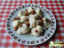 Uszka z gotowanym mięsem i marchewką