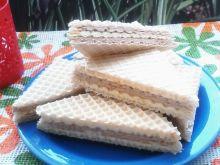 Wafelki z kremem nektarynkowo - kakaowym