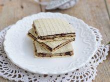 Wafelki z kremem z tofu i kakao