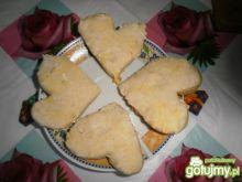 Walentynkowe drożdżowe serduszka