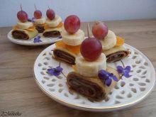 Waniliowe ślimaczki z nutellą i owocami