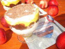 """Waniliowo-czekoladowe """"marzenie"""" z nektarynkami"""