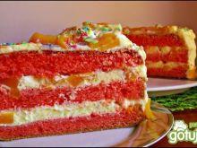 Waniliowy tort z brzoskwiniami