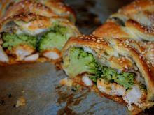 Warkocz francuski z brokułami i kurczakiem