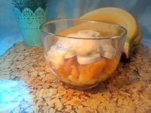Warstwowa sałatka owocowa