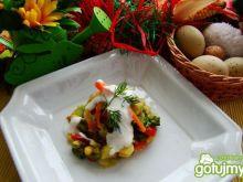 Warzywa na parze z sosem czosnkowym