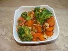 Warzywa z oliwą z białej trufli