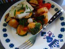 Warzywa z patelni z botwinką
