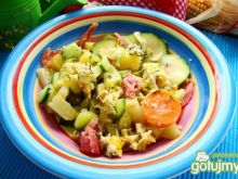 Warzywa z patelni z jajkiem