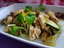 Warzywa z piersią kurczaka z curry