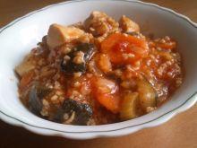 Warzywna potrawka z kurczakiem i kaszą jaglaną