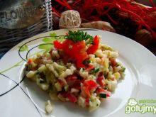 Warzywna sałatka z kalarepy