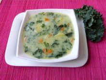 Warzywna zupa z jarmużem