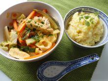 Warzywne danie z kurczakiem i cukinią