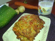Warzywne placki z cukinią i papryką