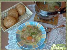 Warzywny kapuśniak z fasolką szparagową