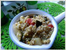 Warzywny kociołek z kaszą kuskus i nasionami chia