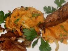 Wątróbka na puree z pietruszki i batata