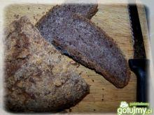 Wegański chleb z orzechami