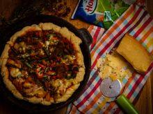 Wegetariańska pizza z patelni