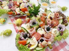Wielkancona sałatka z szynką i jajem