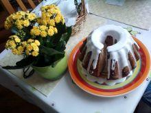 Wielkanocna babka piaskowa z cytrynową nutą
