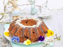 Wielkanocna babka z ajerkoniakiem i czekoladą