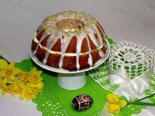 Wielkanocna cytrynowa babka z kremem