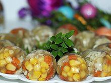 Wielkanocna galaretka drobiowa - jajka