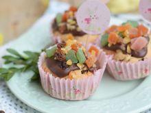 Wielkanocne muffinki z mieszanką keksową i polewą